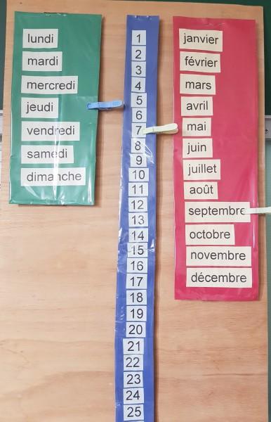 Calendrier collectif jours et mois en vertical