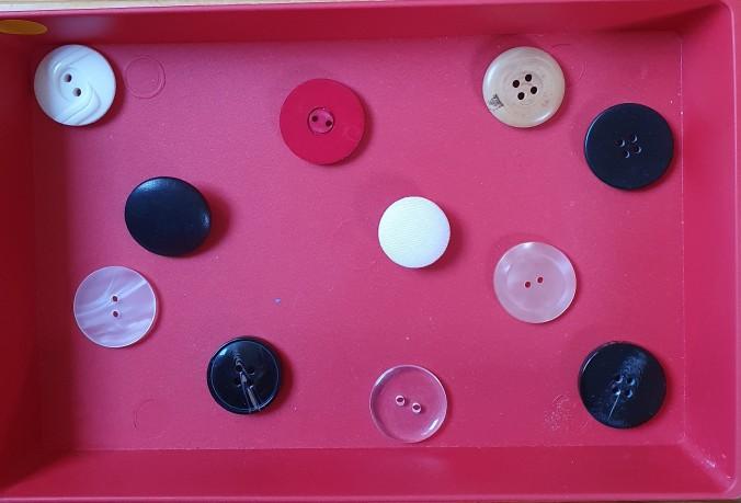 Mathématiques boutons à classer